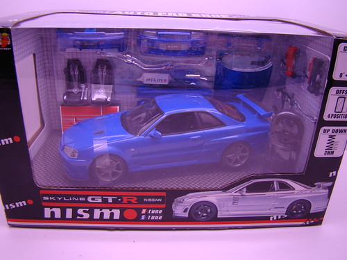 HotWorks Blue Nismo Skyline