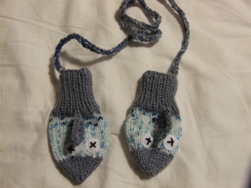 Small Fry Fish Mittens