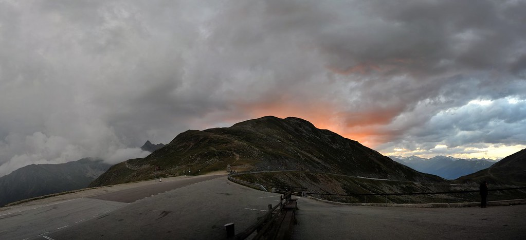 Alpenglühn, Penser Joch, Südtirol, Italy