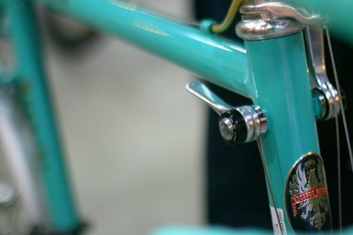 Shifters on the head tube