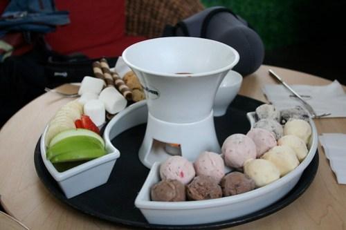 Chocolate Fondue Set at Haagen Dazs