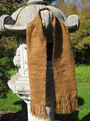 Scarf_2009_11_07_Woven_Autumn_leaves_03