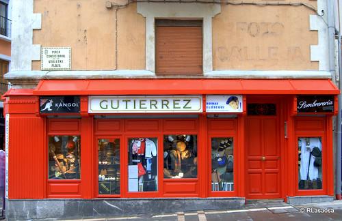 Fachada de la tienda «Gutiérrez» a la Plaza Consistorial