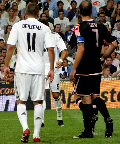 Real Madrid player Benzema 11