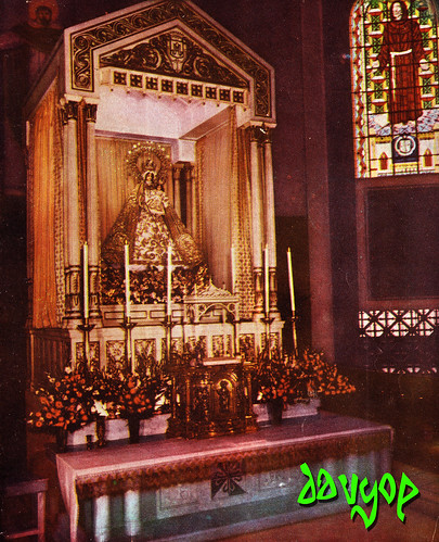 The Throne of Our Lady f the Most Holy Rosary La Naval de Manila by davyop.
