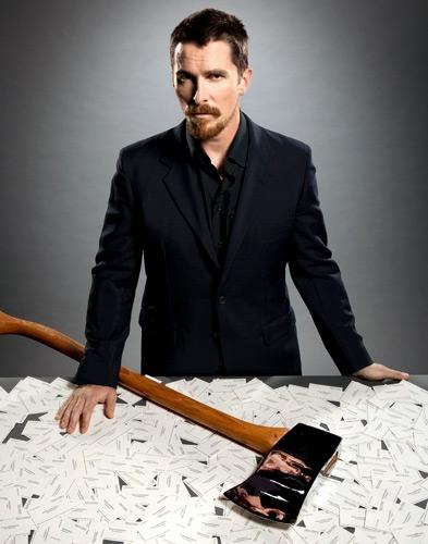 """Christian Bale. ya se que lo conocen por Batman, pero aqui lo reconocen por  """"American Psycho"""""""