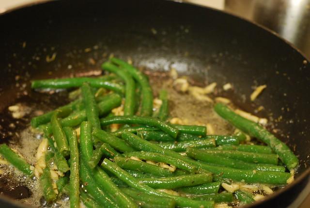 nom nom nom green beans