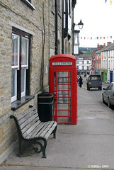 Kington - A bench, a garbage can and a telephone booth