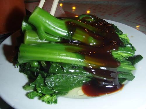 ิอีเบวงอแงขอกินผักกวางตุ้งราดน้ำมันหอย อร่อย แต่อันนี้อร่อยทุกร้าน