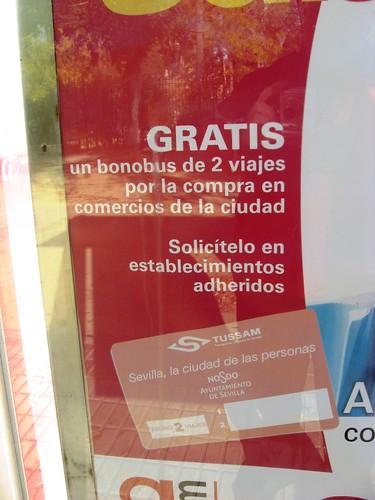 Campaña de la empresa de autobuses de Sevilla Tussam y la Asociacion de Comercio
