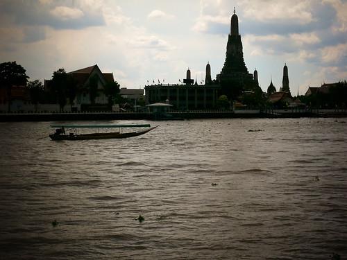 Wat Arun in Silhouette
