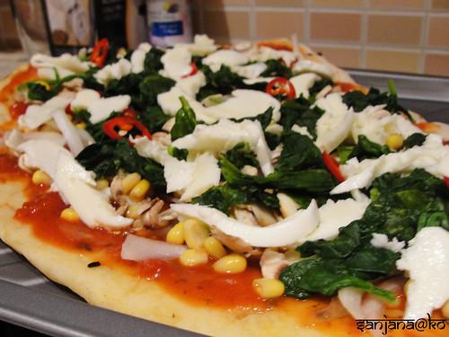 naan pizza 5