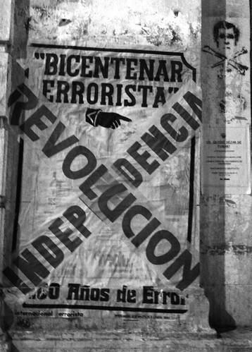 Campaña Bicentenario Errorista  por Bicentenario Errorista (200 años de error).