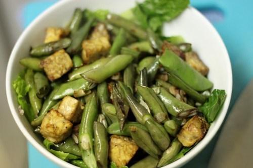 tempeh and bean bowl