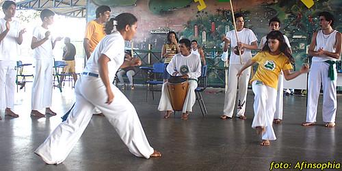 Capoeira Oxalá 22 por você.