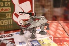 SDCC 2009 LEGO Brickmaster Exclusive - 3