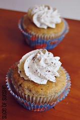 cookies & cream cupcakes with cookies & cream whipped cream frosting