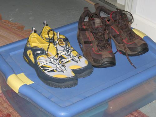 Trollopolloza Footwear