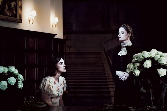 Rebecca, 1940 - Keira Knightly & Jennifer Jason Leight