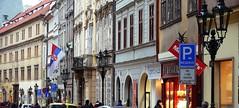 Nové plynové osvětlení v Mostecké ulici na Malé Straně v Praze