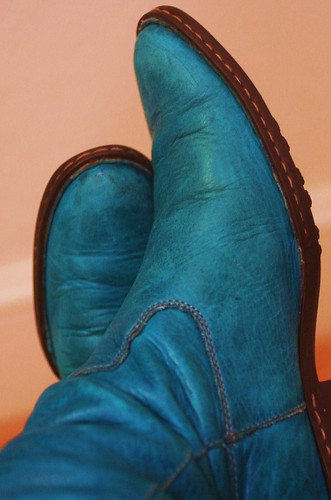 cross legged blue