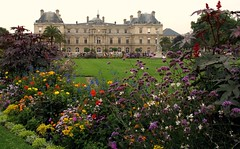 the Luxembourg Palace (by: Pablo Rosa, creative commons license)