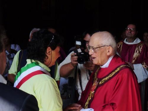 Mons.Livi riceve lAmministrazione rappresentata dallAssessore Saccardi