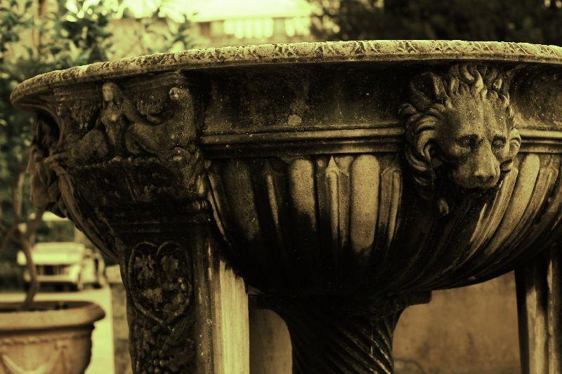 A Loggia... A Fountain