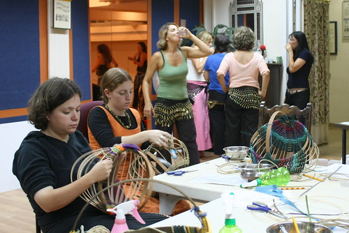 Basket-weaving at the belly-dancing center
