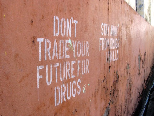 anti-drug graffiti