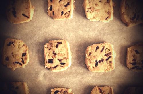 cranberry pistachio icebox cookies