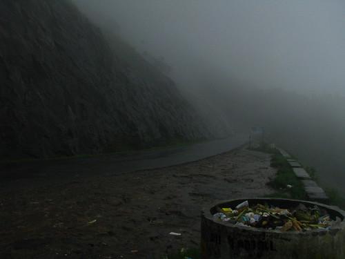 Heavy mist & rain in Kerala (Munnar)