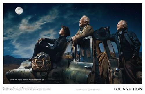 Celebrar su odisea en el espacio en louisvuittonjourneys.com Algunos viajes de la humanidad el cambio para siempre. Sally Ride, primera mujer estadounidense en el espacio. Buzz Aldrin, Apollo 11, los primeros pasos en la luna en 1969. Jim Lovell, Apolo 13, comandante.