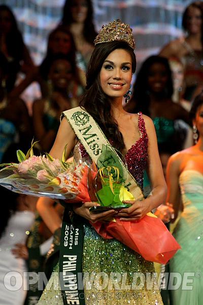 9b8ef50c2cd39 ME Philippines Sandra Seifert is Miss Air.