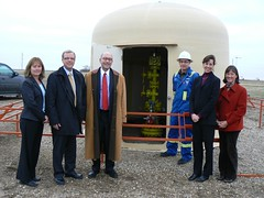 Amassador Jacobson, centre, visits the carbon ...