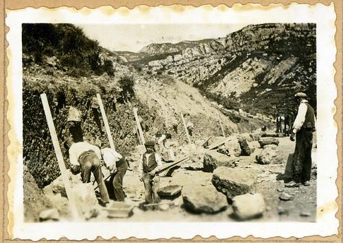 ADACAS - 02-1: Construcción de la carretera de Arguis a Nueno, Huesca. 1921-1924