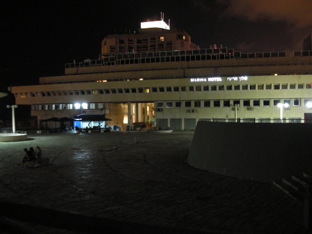 מלון מרינה