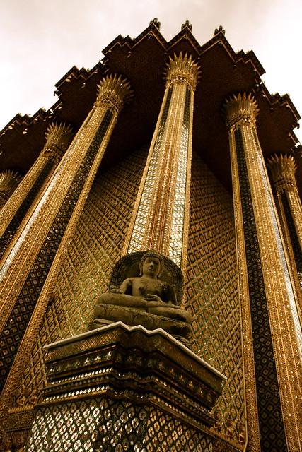 Buda en palacio