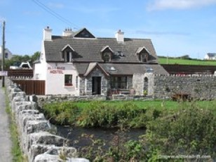 Ailie River Hostel, Ireland