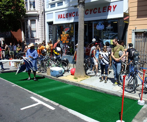 Sunday Streets in the Mission 16