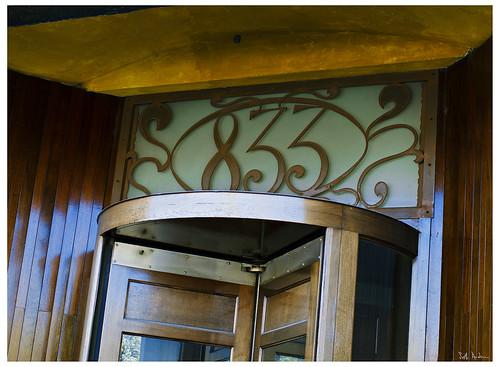 doorway at 833 West Randolph