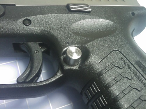 Extended Mag Release by you.