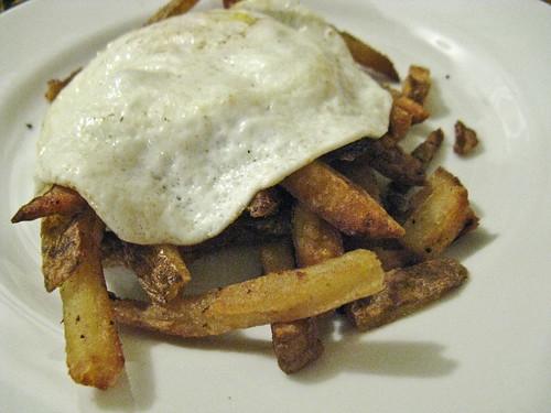 chips & egg