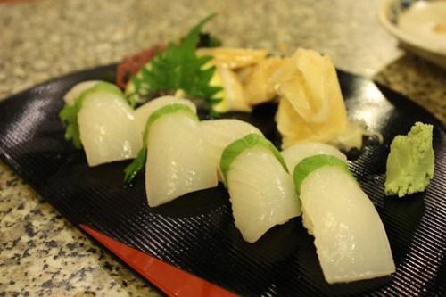 Ika Sushi & Chef Bonus: Mirugai Sashimi