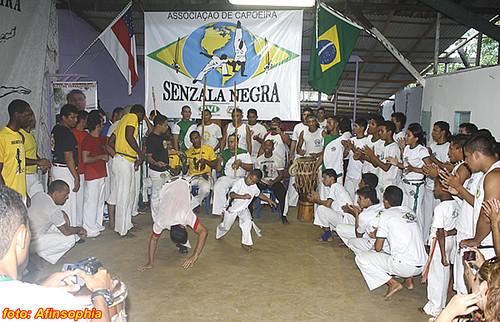 Capoeira Senzala Negra 19 por você.