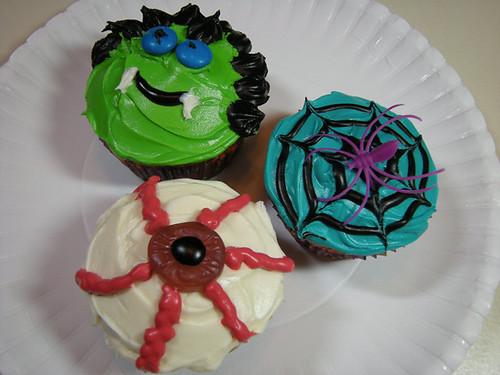 Dracula, eyeball and spider web cupcakes!