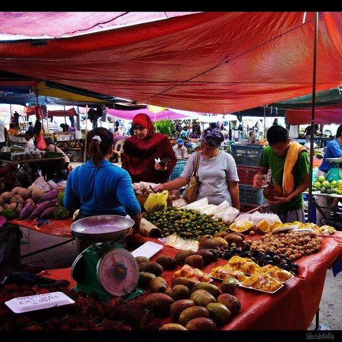 fruits stall at tamu putatan