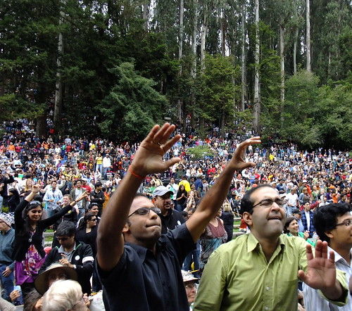 Kailash Kher's Kailasa in Stern Grove in The Outer Sunset. August 2nd, 2009. FREE