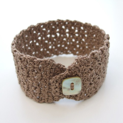 Crochet cotton wrist cuff
