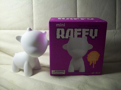 mini munny world raffy kidrobot